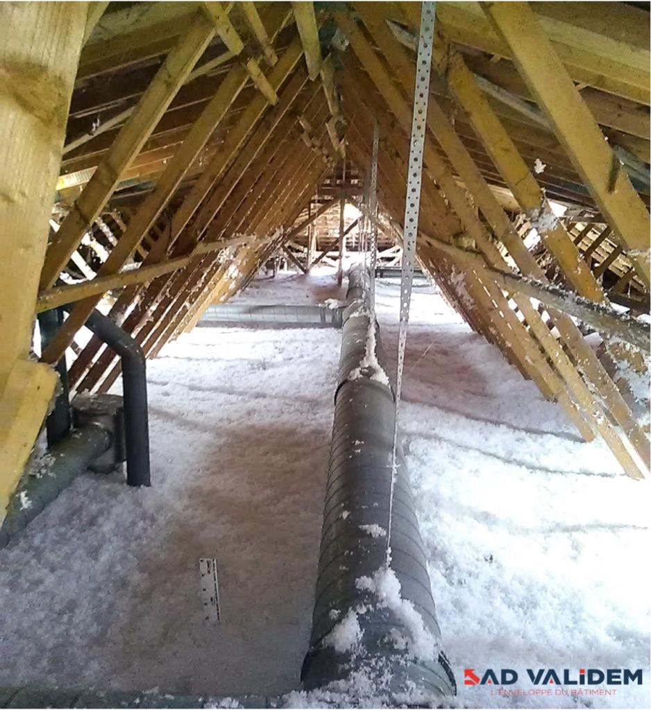 Réalisation de travaux d'isolation de combles perdus sur une résidence en région toulousaine - décembre 2017